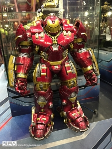 00_Hulkbuster_Iron_Man_02__scaled_600